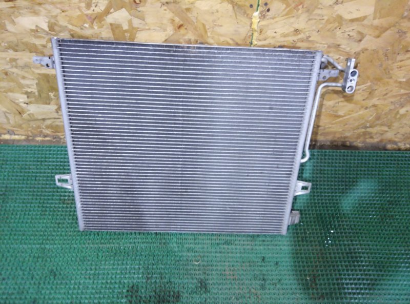 Радиатор кондиционера Mercedes Benz 164.186 Ml350 4Matic W164.186 M272E35 2007