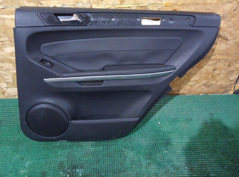 Обшивка двери Mercedes Benz Gl-Class X164886 M273E55 2007 задняя правая