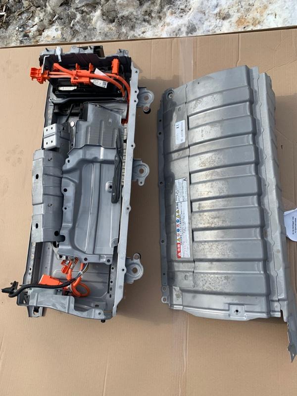 Высоковольтная батарея Toyota Prius ZVW50-8004113 2ZR-6657800 2016