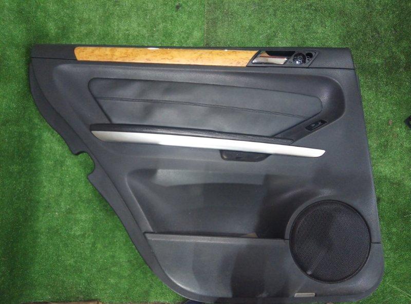 Обшивка двери Mercedes Benz Gl-Class X164886 M273E55 2006 задняя левая