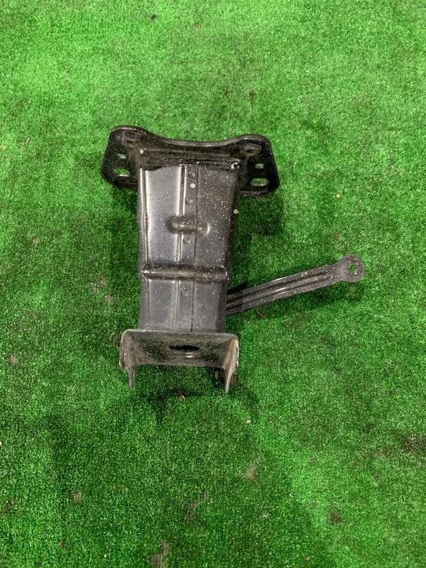 Крепление жесткости бампера Mercedes Benz 164.186 Ml350 4Matic W164.186 M272E35 2005 переднее