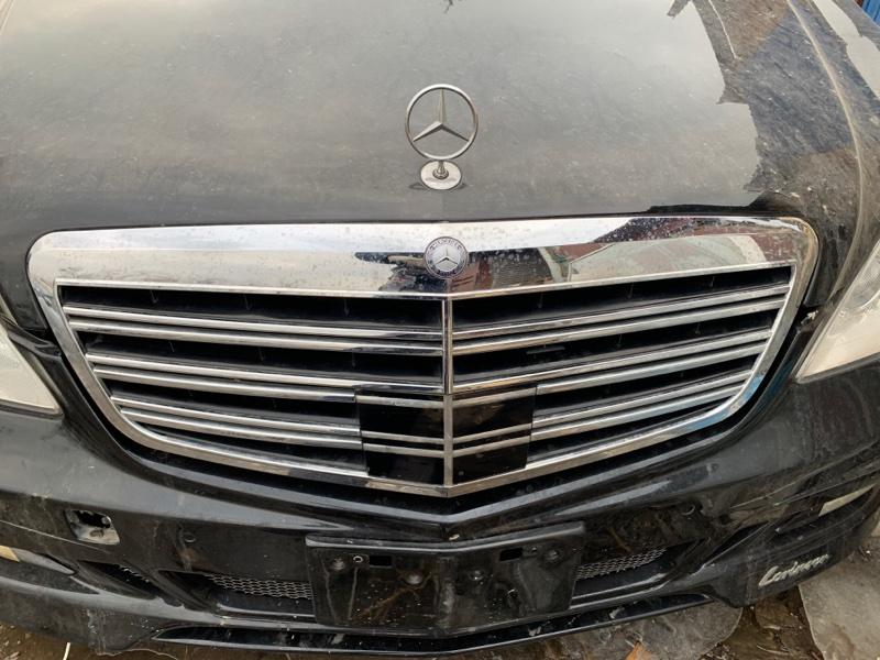 Решетка радиатора Mercedes Benz S-Class W221 272.965 2006 передняя