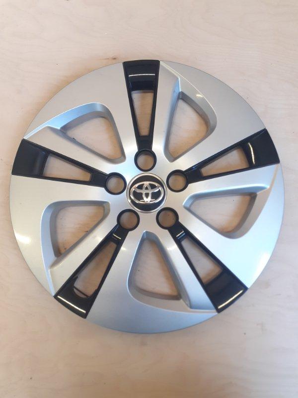 Колпаки на диски Toyota Prius ZVW51 2ZR-FXE 2016
