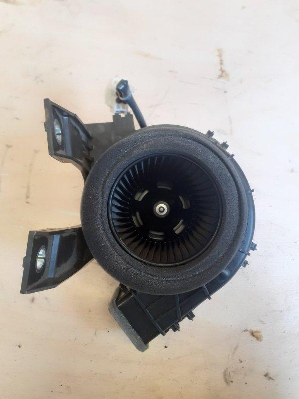 Мотор охлаждения батареи Toyota Prius ZVW51 2ZR-FXE 2016