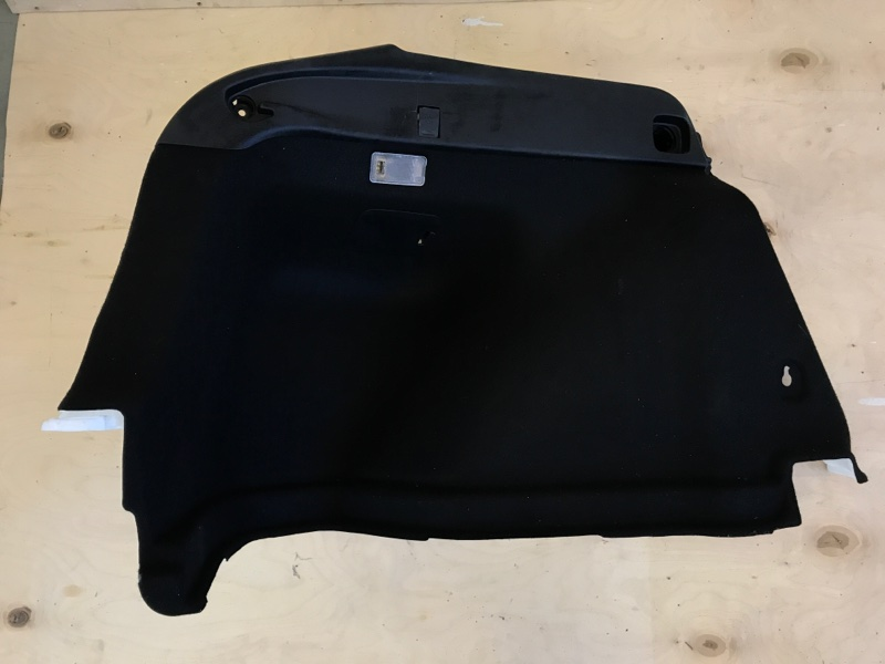 Обшивка багажника Toyota Prius ZVW51 2ZR-FXE левая