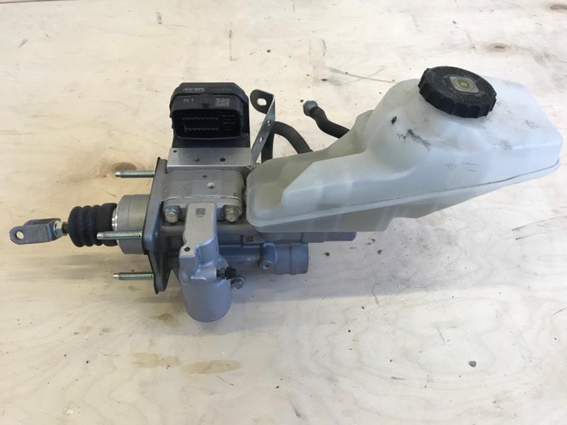 Главный тормозной цилиндр Toyota Prius ZVW51 2ZR-FXE