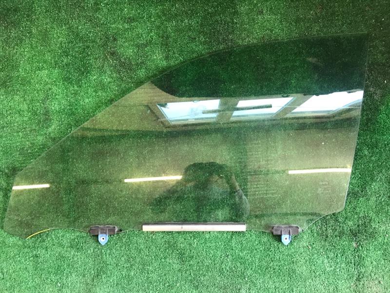 Стекло двери Toyota Crown AWS210 2ARFSE 2016 переднее левое