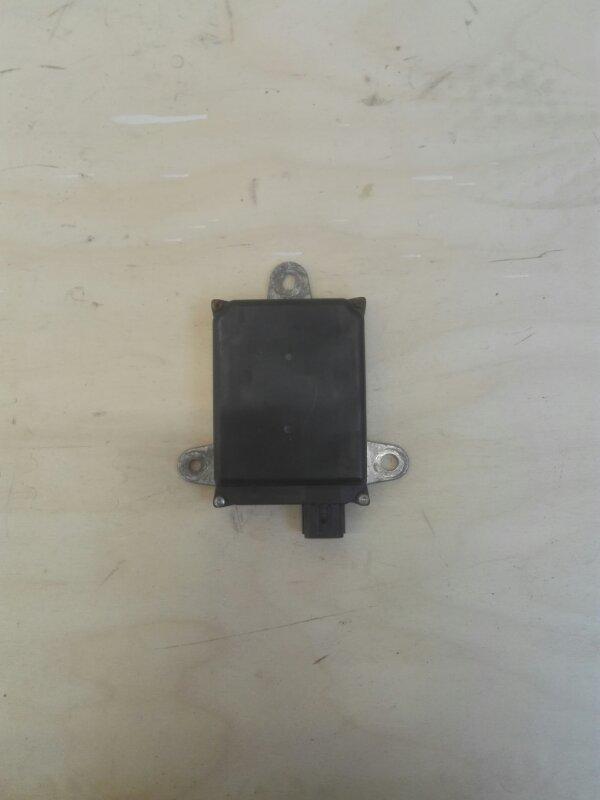 Блок управления парковкой Toyota Prius ZVW51 2ZR-FXE левый