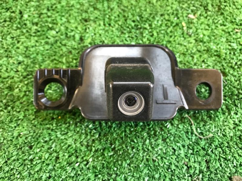 Парковочная камера Toyota Crown AWS210 2ARFSE 2013