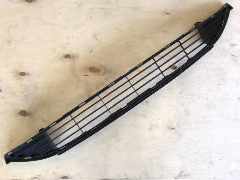 Решетка радиатора Toyota Prius ZVW51 2ZR-FXE