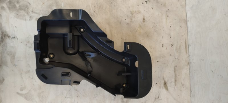 Обшивка багажника Volkswagen Tiguan 2012