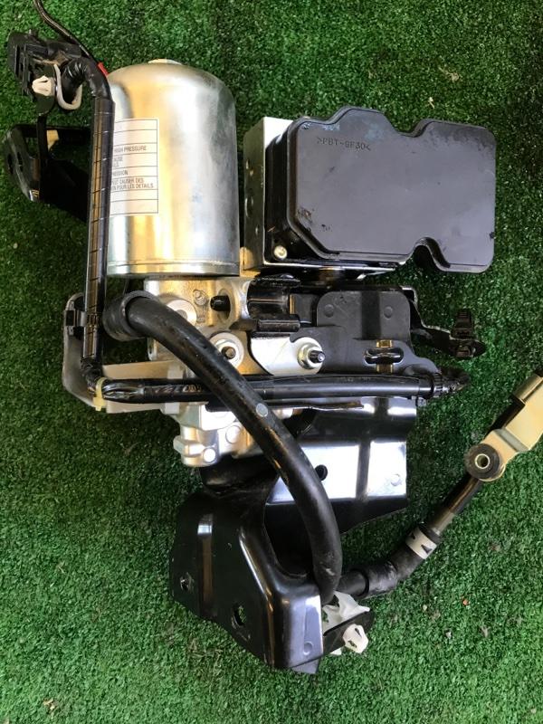 Блок abs Toyota Prius ZVW51 2ZR-FXE 2016