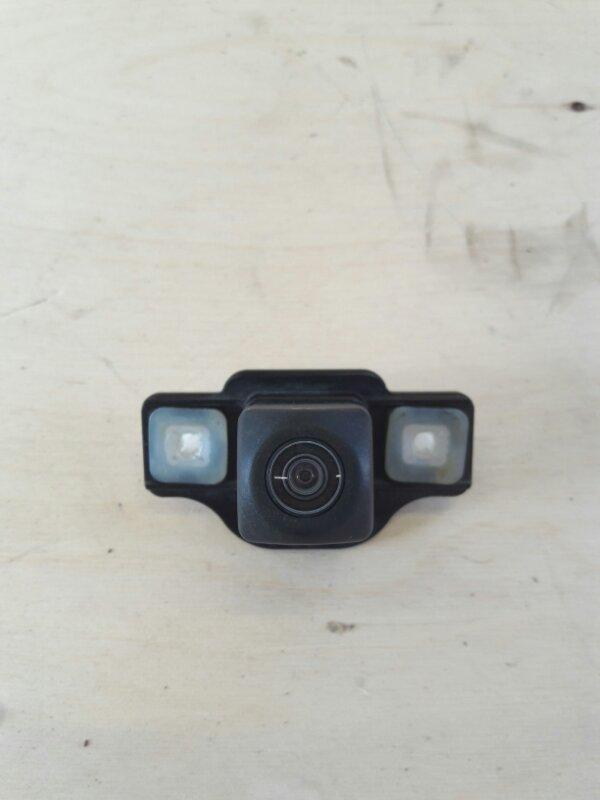 Парковочная камера Toyota Prius ZVW51 2ZR-FXE