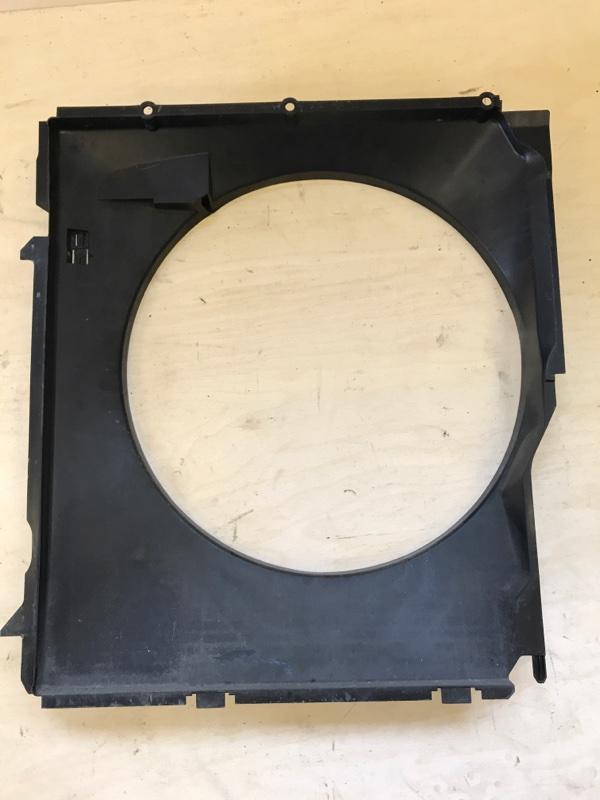 Диффузор радиатора Bmw X5 E53 M54B30 2005