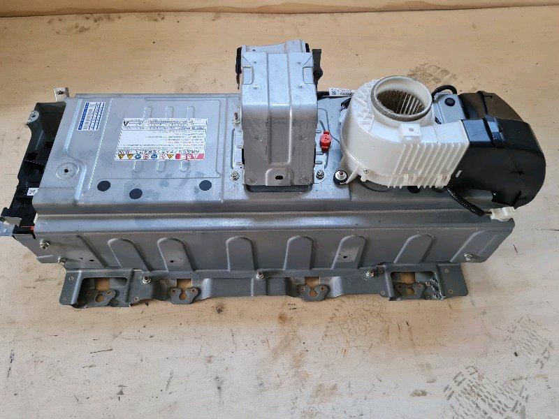Высоковольтная батарея Toyota Camry AVV50 2AR-FXE 2012