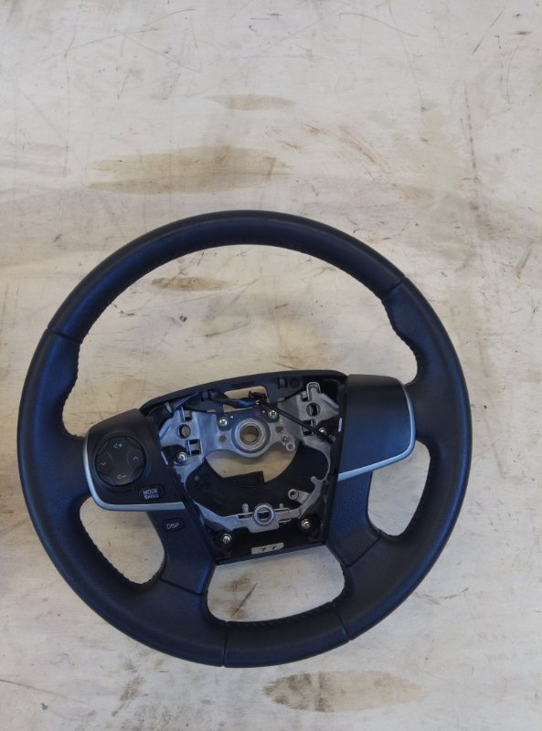 Руль Toyota Camry AVV50 2AR-FXE 2012