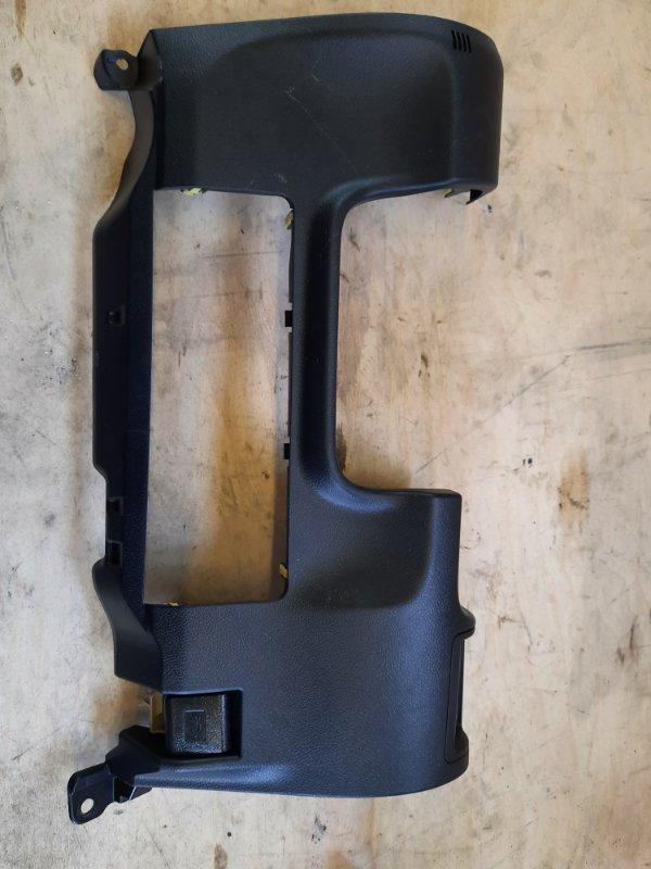 Пластик салона Toyota Camry AVV50 2ARFXE 2500CC 16-VALVE DOHC EFI 2011 передний правый