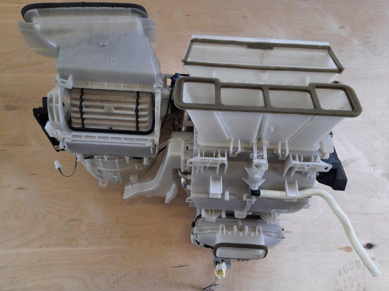 Печка Toyota Camry AVV50 2ARFXE 2500CC 16-VALVE DOHC EFI 2011