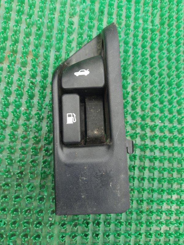 Кнопка открывания багажника Toyota Camry AVV50 2ARFXE 2500CC 16-VALVE DOHC EFI 2011