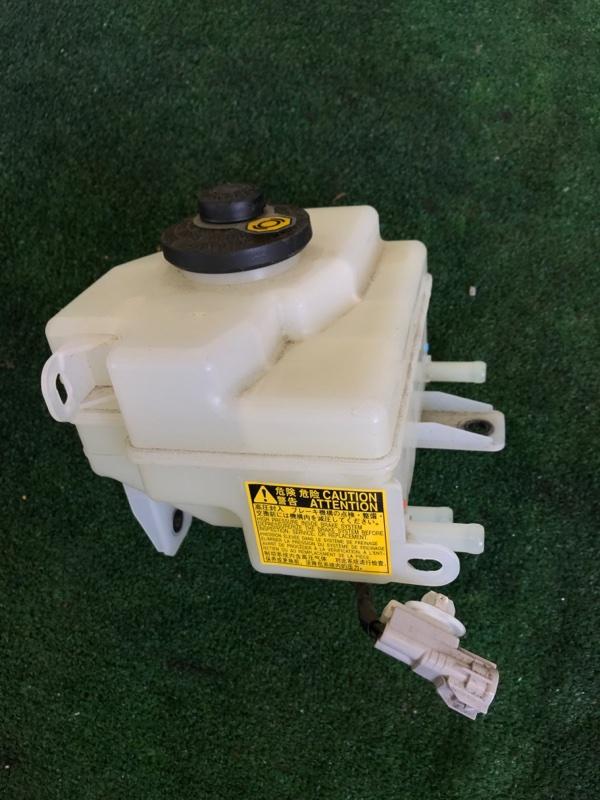 Бачок для тормозной жидкости Toyota Camry AVV50 2ARFXE 2500CC 16-VALVE DOHC EFI 2013