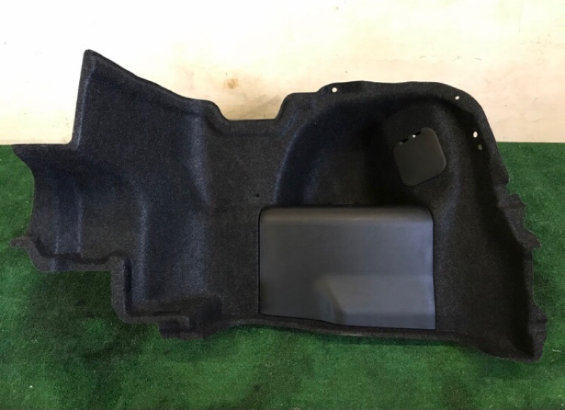 Обшивка багажника Toyota Camry AVV50 2ARFXE 2500CC 16-VALVE DOHC EFI 2013 левая