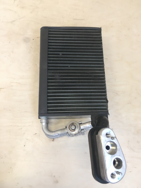 Радиатор печки Bmw X5 E53 M54B30 2003 (РЕСТ)