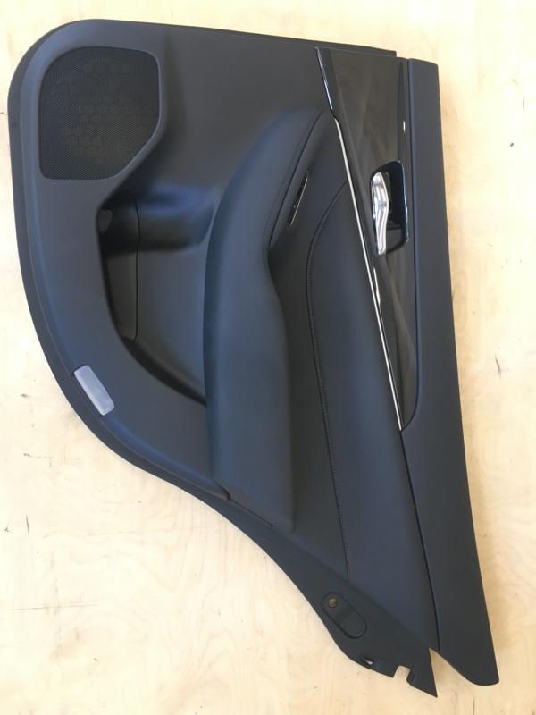 Обшивка двери Toyota Crown Atlet AWS210 2ARFSE 2013 задняя правая