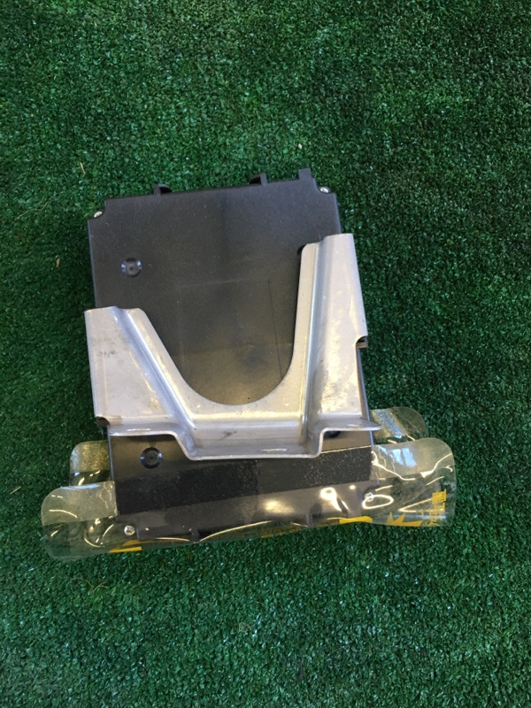 Блок abs Toyota Crown Atlet AWS210 2ARFSE 2013