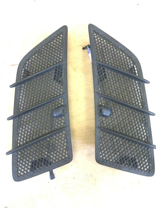 Вентиляционная решетка Mercedes Benz 164.186 Ml350 4Matic W164 M272E35 2008