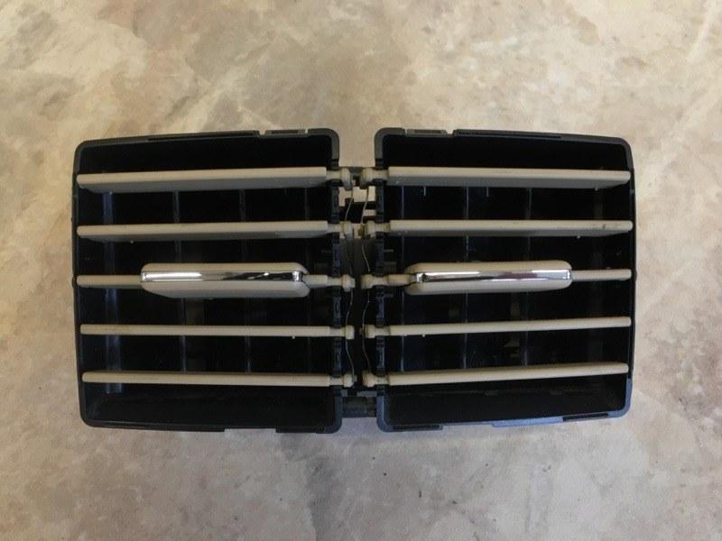 Дефлектор воздушный Mercedes Benz Mercedes Benz M Class W164 M272E35 2006 задний