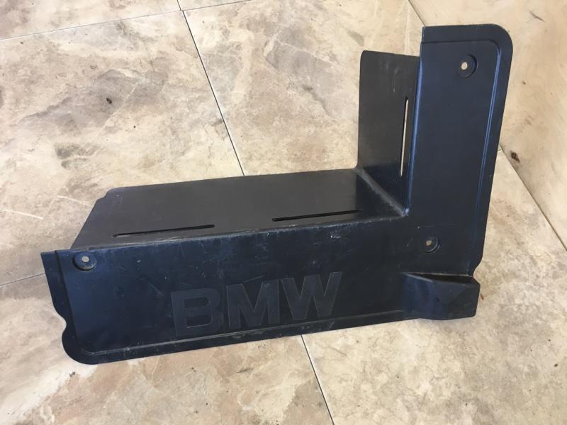 Пол багажника Bmw X5 E53 M54B30 2003