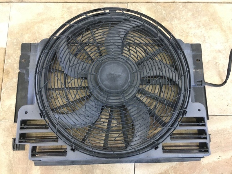 Вентилятор охлаждения Bmw X5 E53 M54B30 2006