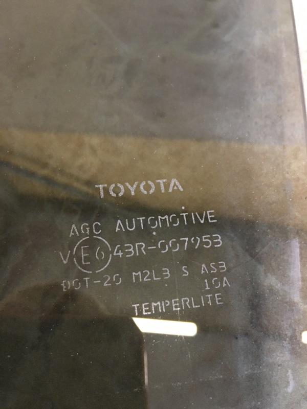 Стекло двери Toyota Prius Phv ZVW52 2ZR-FXE 2017 заднее левое