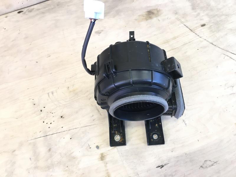 Мотор охлаждения батареи Toyota Prius Phv ZVW52 2ZR-FXE 2017 правый