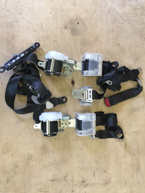 Ремень безопасности Toyota Camry AVV50 2AR-FXE 2012