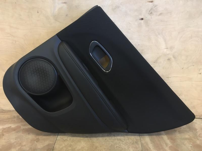 Обшивка двери Honda Vezel RU3 LEB 2015 задняя правая