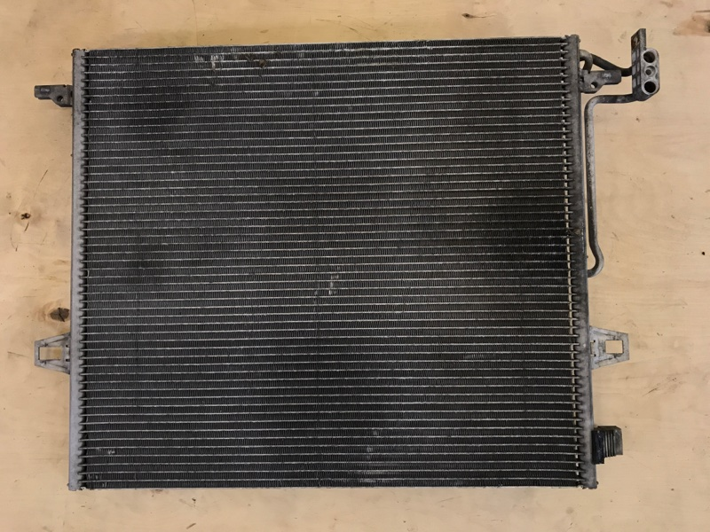 Радиатор кондиционера Mercedes Benz Gl-Class 164.871 M272E46 2006