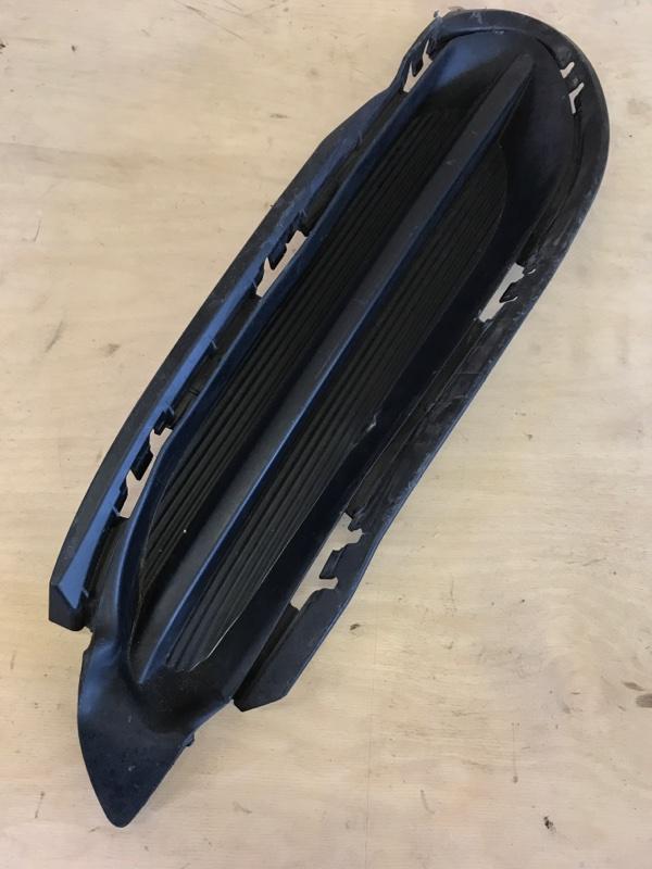 Решетка в бампер Honda Vezel RU3 LEB 2015 передняя правая