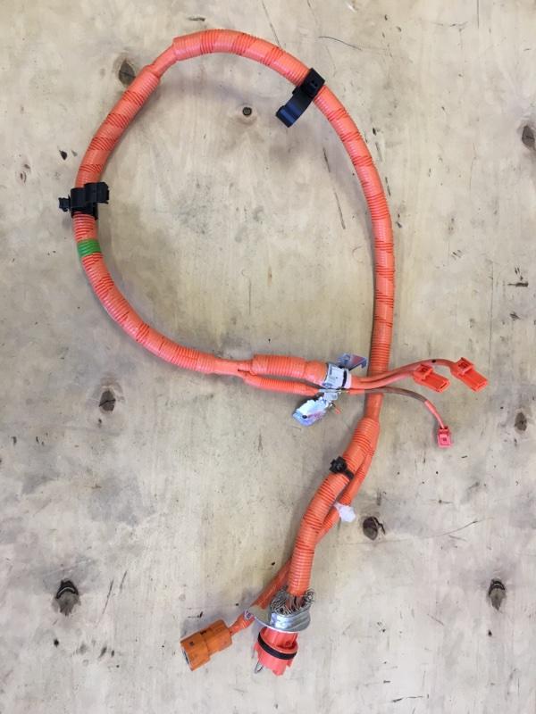 Высоковольтный кабель Toyota Prius ZVW55 2ZR-1NM-1MM 2019