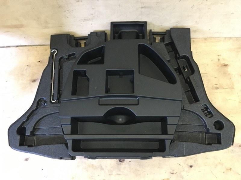 Пол багажника Toyota Prius ZVW55 2ZR-1NM-1MM 2019