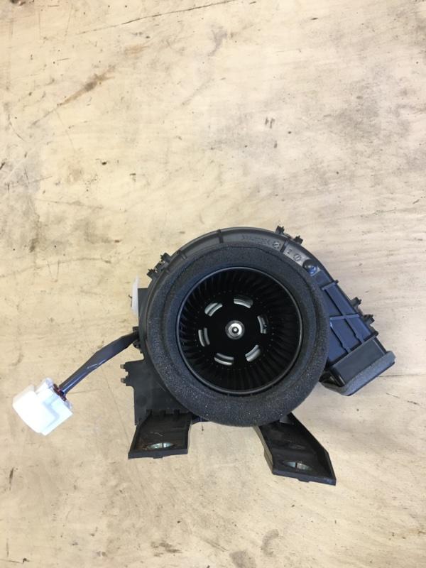 Мотор охлаждения батареи Toyota Prius ZVW51 2ZR-FXE 2018