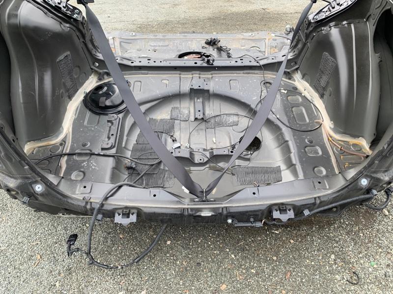 Тазик железный Toyota Prius ZVW55 2ZR-1NM-1MM 2019