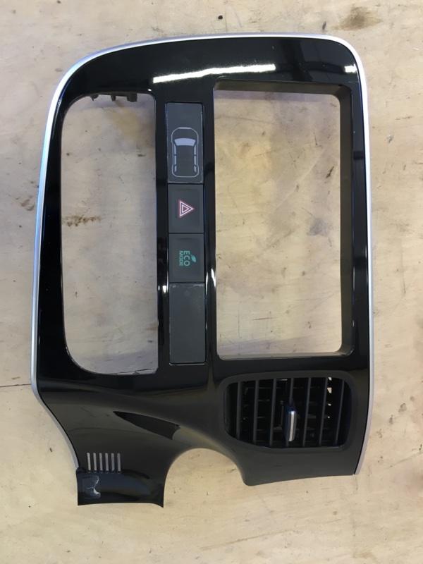 Консоль магнитофона Mitsubishi Outlander Phev GG2W 4B11-S61-Y61 2014