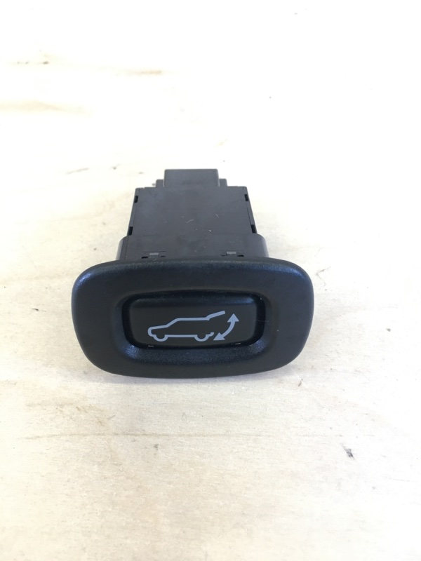 Кнопка открывания багажника Mitsubishi Outlander Phev 4B11-S61-Y61 2014