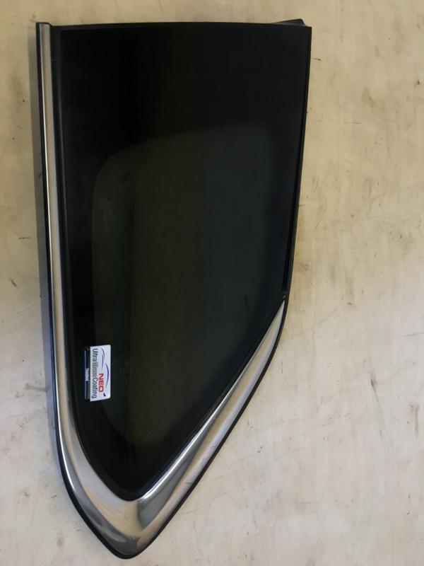 Стекло собачника Mitsubishi Outlander Phev 4B11-S61-Y61 2014 заднее левое
