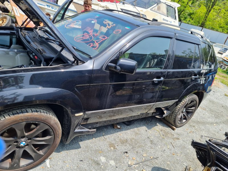 Автомобиль BMW x5 E53 N62B44 2006 года в разбор
