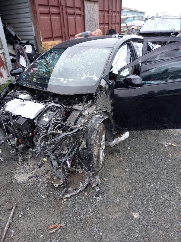 Автомобиль TOYOTA PRIUS PHV ZVW52 2ZR-FXE 2017 года в разбор