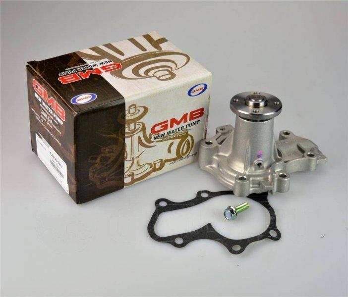 Насос водяной Mazda B-Series UF