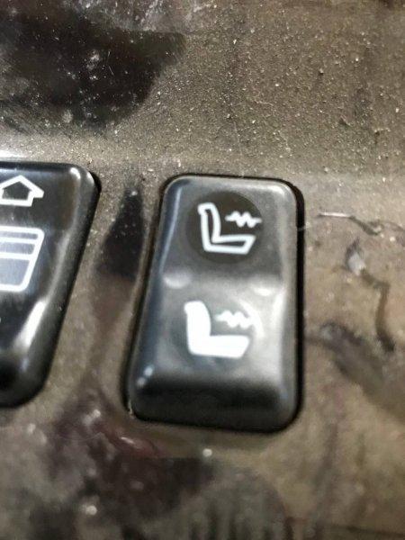 Кнопка подогрева сидения Mercedes-Benz C-Class W201 M103 левая (б/у)