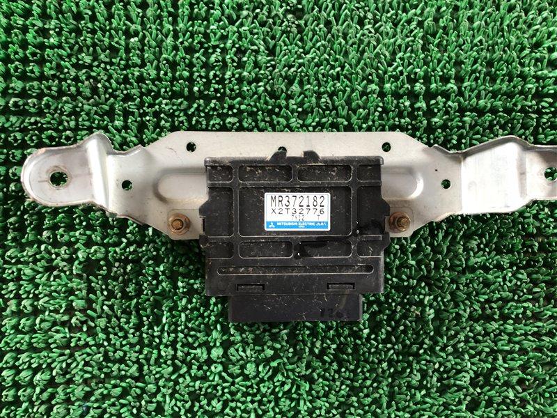 Блок электронный Mitsubishi Pajero Evolution V55W 6G74 1996 (б/у)